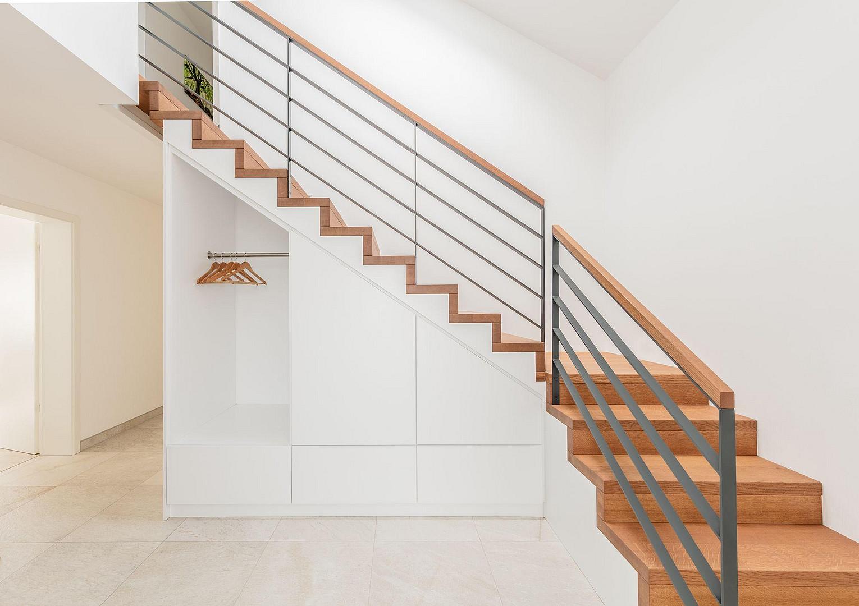schr nke b the treppen gmbh. Black Bedroom Furniture Sets. Home Design Ideas